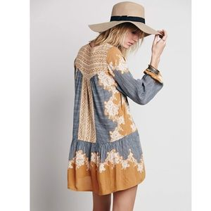 Drop waist tunic dress Borderprint